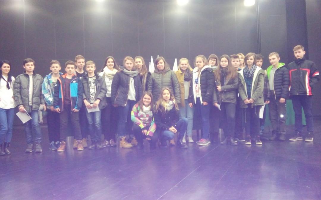 Uczniowie z Bucza na warsztatach językowych w Lesznie