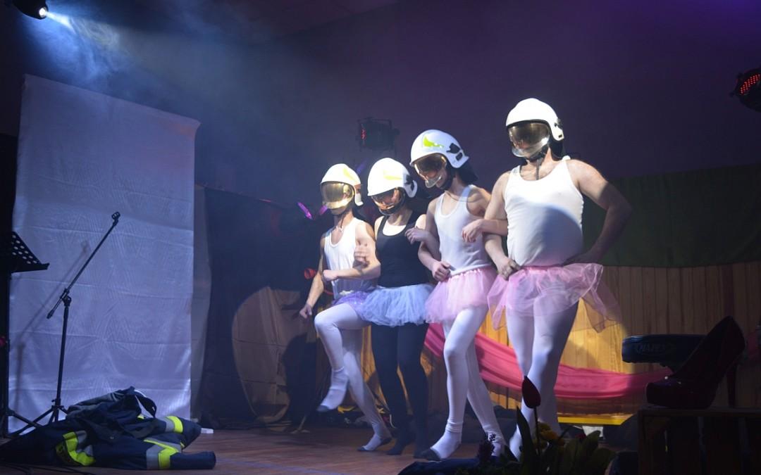 Okazjonalna Grupa Kabaretowa z Moch na przemęckiej scenie