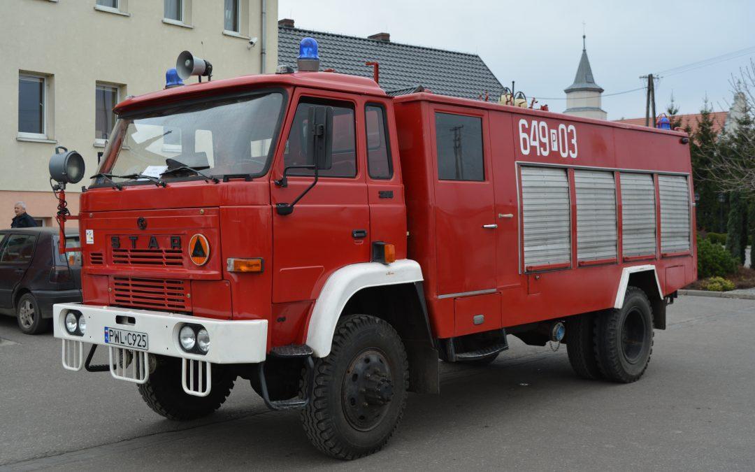 Przetarg ofertowy na sprzedaż samochodu specjalnego pożarniczego JELCZ 005