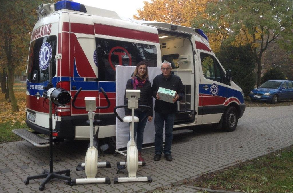 Przekazanie sprzętu rehabilitacyjnego do szpitala w Wolsztynie