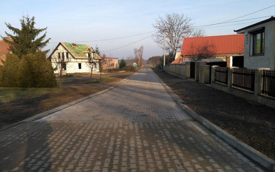 Zakończono przebudowę ulicy Leśnej w miejscowości Popowo Stare