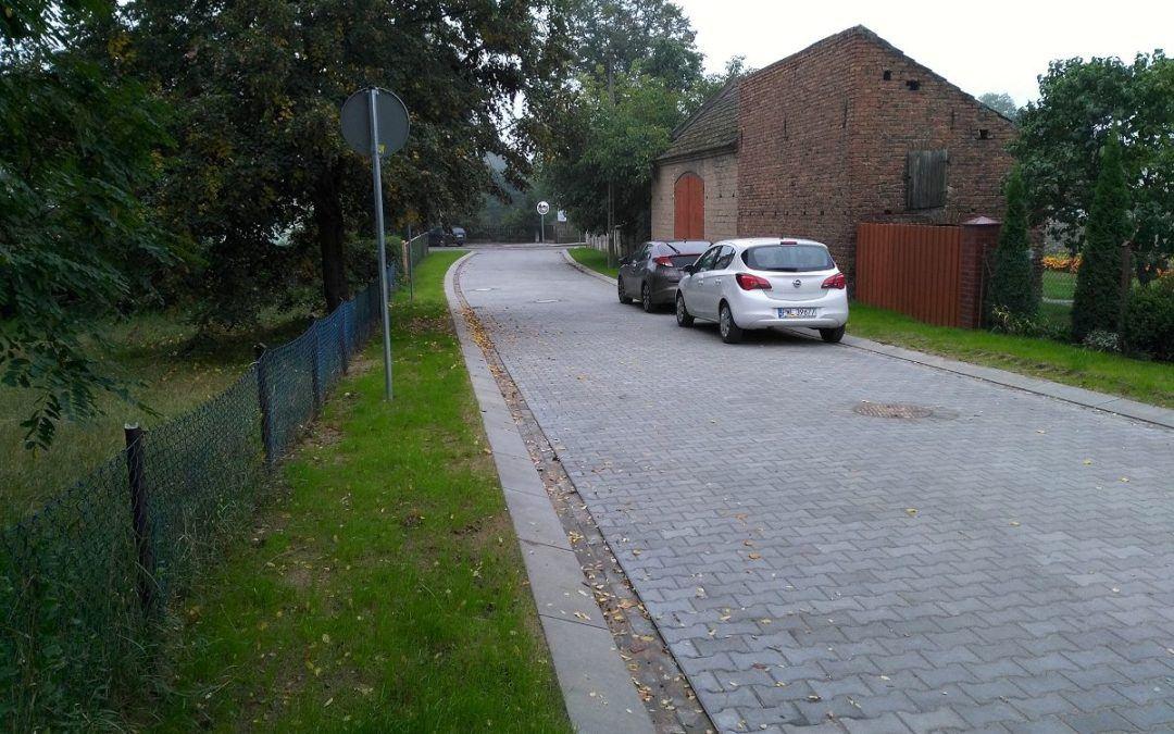 Zakończono przebudowę części drogi gminnej wraz z odwodnieniem w miejscowości Kaszczor na ulicy Winna Góra