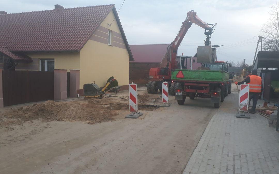 Budowa sieci kanalizacji sanitarnej wraz z przebudową sieci wodociągowej w miejscowości Sączkowo