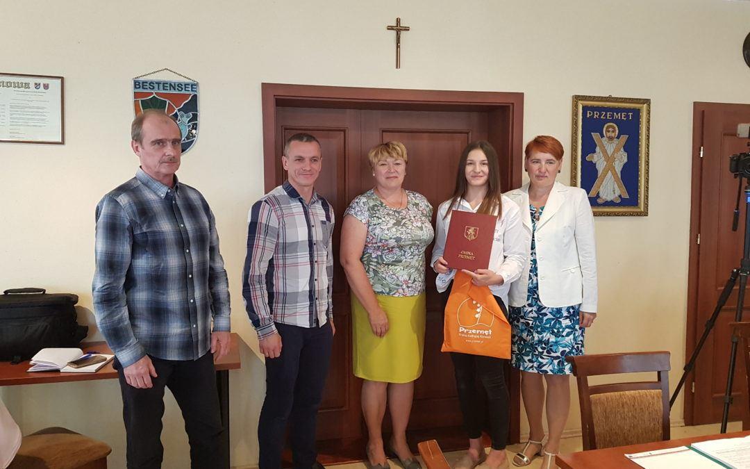 O sukcesie Katarzyny Sobierajskiej na sesji Rady Gminy Przemęt
