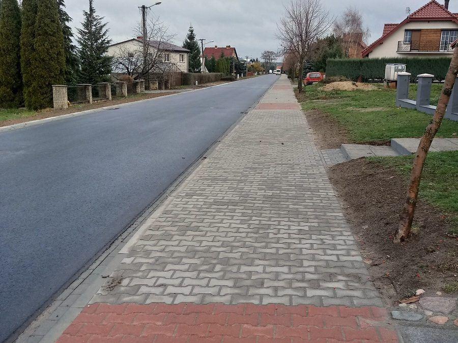 Przebudowa drogi gminnej – ulicy Lipowej wraz z przebudową kanalizacji deszczowej w miejscowości Popowo Stare