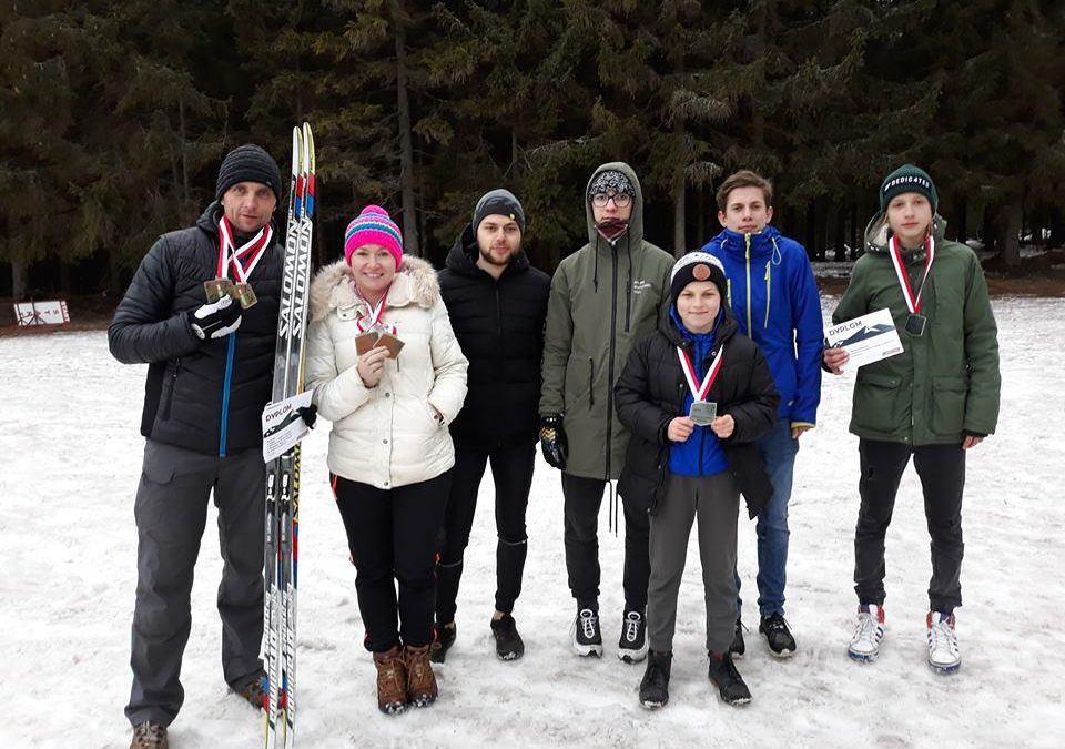 Czy to możliwe, aby mieszkaniec naszej Gminy zdobył medal w narciarstwie?  A jednak…