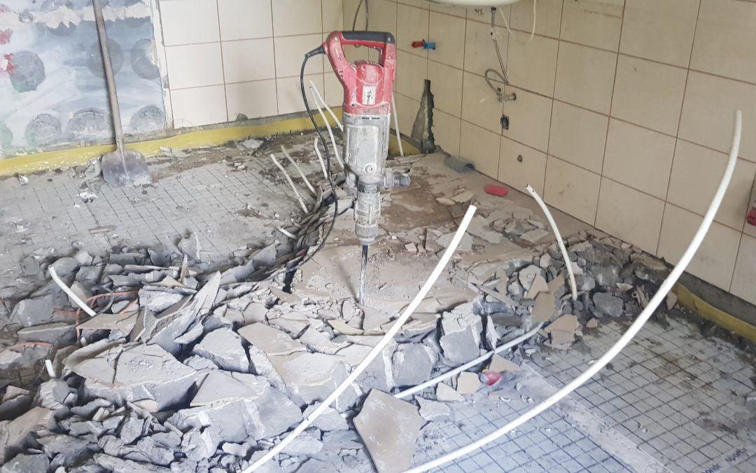 Rozpoczęto prace związane z rozbudową sali wiejskiej w Błotnicy na Dom Dziennego Pobytu Seniora oraz Żłobek